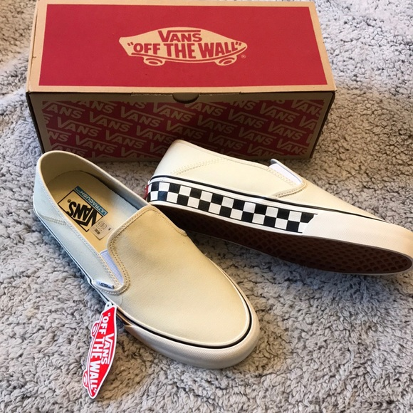 03c568ce31d BNIB Vans Slip-on SF Classic White Checker